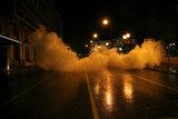 Protesters clash with riot police / Συγκρούσεις διαδηλωτών με την αστυνομία