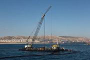 "The platform pumping fuel at the point where τhe tanker ""St. Zone II "" sank in the Saronic Gulf, 20 September 2017 / Η εξέδρα απάντλησης καυσίμων στο σημείο που βυθίστηκε το δεξαμενόπλοιο «Αγ. Ζώνη ΙΙ» στο Σαρωνικό, 20 Σεπτεμβρίου 2017"