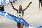 Runners cross the finish line of the 35th Athens Classic Marathon, at the Panathenaic stadium in Athens, Greece, on Sunday November 12, 2017 / Η νικήτρια του δρόμου των γυναικών Bedaru Badane απο την Αιθιοπία. Δρομείς στον τερματισμό του 35ου Αυθεντικόυ Μαραθωνίου της Αθήνας, στο Παναθηναικό στάδιο, την Κυριακή 12 Νοεμβρίου 2017