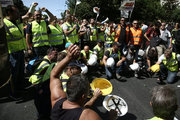 Miners from Eldorado gold mine in northern Greece demonstrate against the suspension of Eldorado's investment in Greece. In Athens, on September 21, 2017 /  Συγκέντρωση μεταλλωρύχων από τις Σκουριές στα γραφεία της Hellas Gold  την Πέμπτη 21 Σεπτεμβρίου 2017