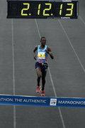Runners cross the finish line of the 35th Athens Classic Marathon, at the Panathenaic stadium in Athens, Greece, on Sunday November 12, 2017 / Ο νικητής του Μαραθωνείου, Κενυάτης Samuel Kalalei. Δρομείς στον τερματισμό του 35ου Αυθεντικόυ Μαραθωνίου της Αθήνας, στο Παναθηναικό στάδιο, την Κυριακή 12 Νοεμβρίου 2017