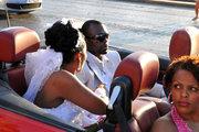 Honeymooners in convertible car, Athens, Greece, 2013 / Νεόνυμφοι σε καμπριολέ αυτοκίνητο, Αθήνα, 2013
