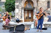 Traveling guitarists in front of the Kapnikareas church, Athens, Greece, 2013 / Πλανόδιοι μουσικοί μπροστά από την εκκλησία της Καπνικαρέας, Αθήνα, 2013