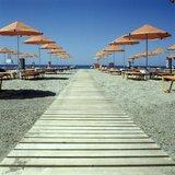 Beach in Rethymno, Crete, Greece, 2002 / Παραλία στο Ρέθυμνο, Κρήτη 2002