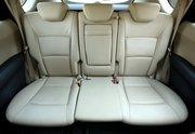Back seats of a luxury car, Athens, Greece, October 2007 / Πίσω θέσεις πολυτελούς αυτοκινήτου, Αθήνα, Οκτώβριος 2007