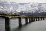 Lake Polyfytos Bridge in northern Greece / Η γέφυρα της λίμνης του Πολυφύτου στο νομό Κοζάνης