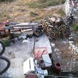 Yard of a house in Neohori village in the Erissos area, Island of Kefalonia, Greece, August 2011 / Αυλή σπιτιού στο χωριό Νεοχώρι Ερίσσου, Κεφαλονιά, Αύγουστος 2011