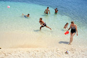 Playing in the sea, Cephalonia, Ionian Islands, Greece, August 2016 / Παιχνίδια στη θάλασσα, Κεφαλονιά, Αύγουστος 2016