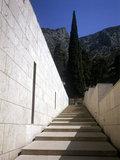 Stairs at the forecourt of the Delphi Archaeological Museum, Greece, July 2012 / Σκάλα στον προαύλιο χώρο του Αρχαιολογικού Μουσείου των Δελφών, Ιούλιος, 2012