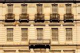 Facade of a neoclassical building in Athens, Greece / Πρόσοψη νεοκλασικού κτηρίου στο κέντρο της Αθήνας