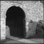 The venetian castle's main gate, at Assos peninsula, ionian island of Kefalonia, Greece, August 2012 /  Η κύρια πύλη στο βενετσιάνικο κάστρο της Άσσου, Κεφαλονιά, Αύγουστος 2012