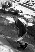 Boy visiting the archaeological site of Delphi, central Greece, December 2015 / Αγόρι επισκέπτεται τον αρχαιολογικό χώρο των Δελφών, Ελλάδα, Δεκέμβριος 2015