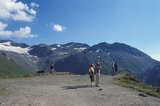 People at a view point in Gotthard pass in Switzerland, 2000 / Τοπίο στο ορεινό πέρασμα Σεν Γκοντάρ, Ελβετία, 2000