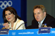 Gianna Angelopoulos, president of the Organising Committee for the Olympic Games Athens 2004 and Denis Oswald, member of IOC, at a press conference, Athens, Greece, May 2004 / Η Γιάννα Αγγελοπούλου και ο Ντένις Οσβαλντ σε συνέντευξη τύπου της Οργανωτικής Επιτροπής των Ολυμπιακών Αγώνων Αθήνα 2004, Μάιος 2004