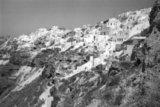 View of the village of Oia in Santorini Island, Greece, July 1990 / Αποψη του οικισμού της Οίας στη Σαντορίνη, Ιούλιος 1990