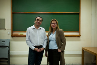 Two professors of the Greek University of Economics , creators of the organization Job Pairs, designed to help university graduates to successfully enter the labor market